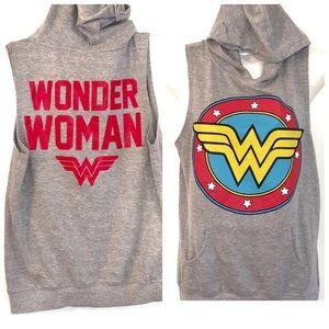 DC Comics Wonderwoman Hood sleeveless Sweatshirt-L